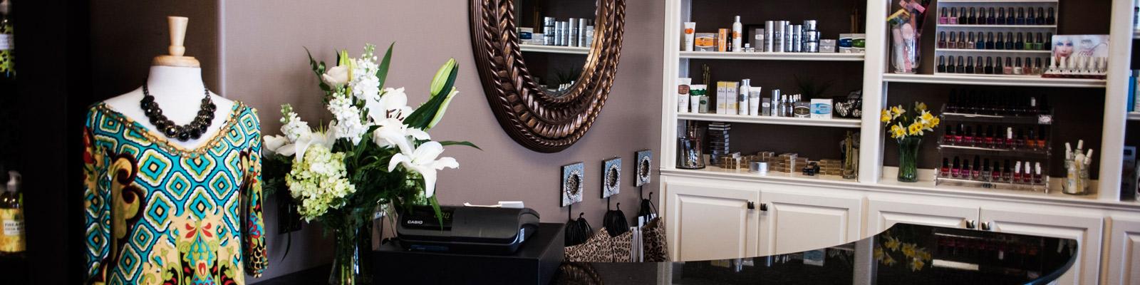 nail-boutique-salon-staff